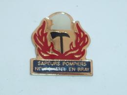 Pin's SAPEURS POMPIERS DE NEUFCHATEL EN BRAY B - Firemen