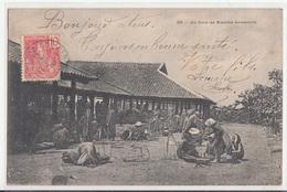CPA- Un Coin De Marché Annamite-1905-2scans - Viêt-Nam