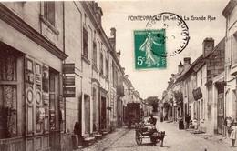 Fontevraud Animée La Grande Rue Laitier Attelage De Chiens Métiers Commerces Top Carte - France