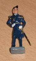 Militärische Figur - GENERAL Mit Säbel Aus Metall, Bemalt, Alt, Gute Erhaltung, Höhe 8 Cm - 1939-45