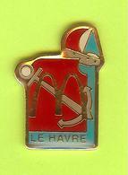 Pin's Mac Do McDonald's Ville De France Le Havre (Voilier Ancre) - 3BB24 - McDonald's