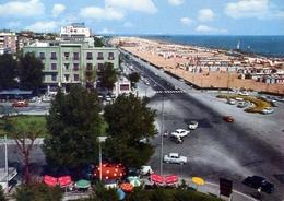 Rimini - Il Lungomare E L'immensa Spiaggia - 61 - Formato Grande Viaggiata – E 10 - Rimini