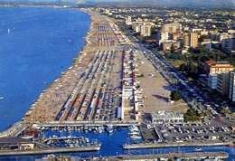 Riccione - Panorama Aereo - 35 - Formato Grande  Viaggiata – E 10 - Rimini