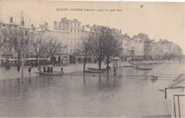 71 MÂCON Inondé (Janvier 1910) - Le Quai Sud - Animée - Macon