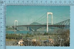 Quebec - Pont De Quebec Et Le Pont Pierre Laporte- CIRCULÉE En 1974  - Timbre 8¢ Canada - Québec - La Cité