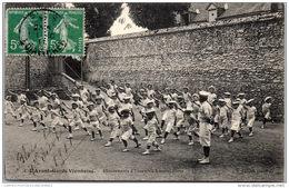 41 BLOIS - Avant-garde Viennoise, Mouvements à Mains Libres - Blois