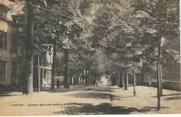 7 VIRTON : Avenue Bouvier Vers La Grand'Place - Virton