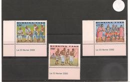BURKINA FASO Culture Bobo Danses Année 2000 N° Y/T : 1242/44** Côte : 37,00 € Coins Datés - Burkina Faso (1984-...)