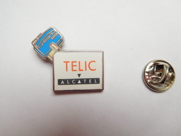 Beau Pin's En Zamac , France Télécom , Téléphonie Telic Alcatel , Signé Blue Wedge - France Telecom