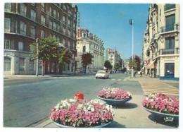 CP ST SAINT ETIENNE, AUTO VOITURE CITROEN DS, AVENUE DE LA LIBERATION, LOIRE 42 - Saint Etienne