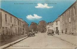 Dpts Div.-ref-AF716- Vendée - La Chaize Le Vicomte - Quartier Saint Nicolas - Voitures - Voitures - Automobiles - - La Chaize Le Vicomte