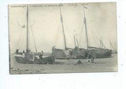 Blankenberge Blankenberghe  A Marée Basse Les Bateaux De Pêche - Blankenberge