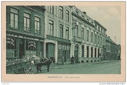 OP11- 59) HAZEBROUCK (NORD)  PLACE DE LA GARE -  (CAFÉ EMILE - HOTEL - ATTELAGE CHEVAL -  2 SCANS) - Hazebrouck