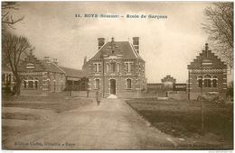80 ROYE. Ecole De Garçons - Roye