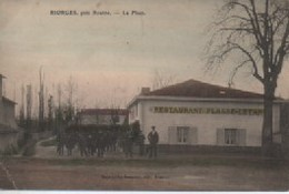 RIORGES  PRES ROANNE  LA PLACE - Riorges