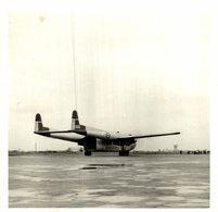 FAIRCHILD   C 119  FLYING BOXCAR   CAT BI AIRFIELD HAIPHONG   12  * 13 CM Aviation, AIRPLAIN, AVION AIRCRAFT - Aviación