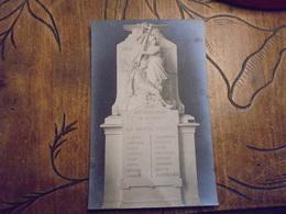 """Guerre 1914 18 """"gloire Aux Défenseurs De La Patrie """"  E BOISSEAU Carte Photo Monument Aux Morts - Monuments Aux Morts"""