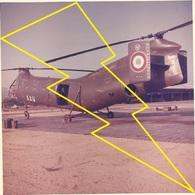 Photo  Hélicoptère Militaire Militarie    / N° 310   ) - Aviation