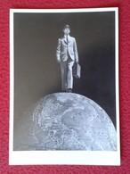 POSTAL POST CARD CARTE POSTALE POSTCARD MAN IN EARTH HOMBRE SOBRE DEL MUNDO AMERICAN STOCK PHOTOGRAPLY 1988 VER FOTOS - Animales