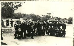 """2287 """" MARINAI - FOTO DI GRUPPO A CASTELLANA - BARI - 1/11/1951 """" FOTO ORIGINALE - War, Military"""