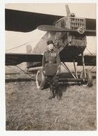 L'ECOLE MILITAIRE DE SAINT CYR - PILOTE AVEC SON AVION - 1927  - 78 - War, Military