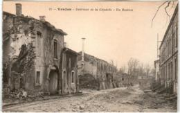 6EM 529 CPA - VERDUN - INTERIEUR DE LA CITADELLE - Verdun