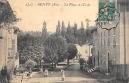 AIN  01  GENAY  LA PLACE ET L'ECOLE - Francia