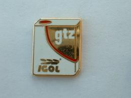 PIN'S IGOL - GTZ - BIDON D'HUILE - ZAMAC - Pins