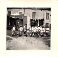 Photographie : Kermesse à Domino En Juillet 1955 Près St Georges D'Oléron - Places