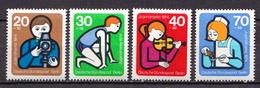 Germany / Berlin MNH Set - Childhood & Youth