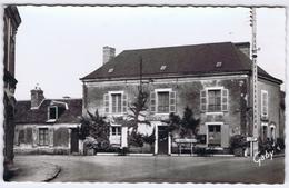 72 - La Suze-sur-Sarthe - Hôtel Du Lion D'Or - Mme Després - La Suze Sur Sarthe