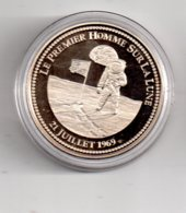Médaille - Le Premier Homme Sur La Lune--voir état - France
