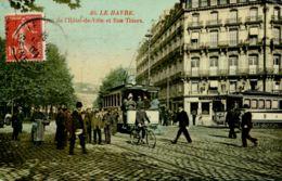N°69346 -cpa Le Havre -place De L'hôtel De Ville- - Le Havre