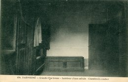 38 - SAINT-PIERRE-de-CHARTREUSE - Dauphiné. Grande Chartreuse. Intérieur D'une Cellule. Chambre à Coucher - France