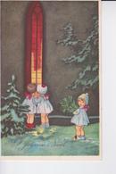 Des Petits Anges Près D'une Fenêtre Ogive Colorée - Noël