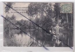 Bray Sur Somme (80) La Laie Des Barrières .Un Courant De La Somme (barque Et Personnages) - Bray Sur Somme