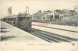 WW CARTHAGE. Train Au Quai De La Gare Avec Receveur - Tunisie