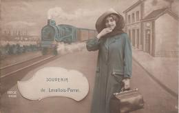 Souvenir De Levallois Perret - Levallois Perret