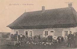 LA FERME BRESSANNE - LES PARAYS  - 71 - BELLE CARTE TRES TRES ANIMEE - - Boerderijen