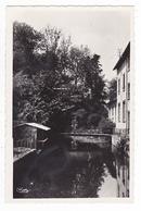 60 Chambly Entre Méru Et Beaumont Sur Oise Vue Du Pont Rouge Lavoir Collection R. Lemesle Chambly - Meru