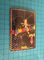 "1551-1575 : TRADING CARD 1991 JEU ""CANAILLES"" PANINI / CHATOUILLE - PASSER UN SAVON - Trading Cards"
