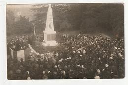 CARTE PHOTO - LA MONTAGNE - CEREMONIE AU MONUMENT AUX MORTS - DEBUT DES ANNEES 20 - 44 - La Montagne