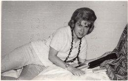 Original Photo Vintage Girl Home - Pin-ups