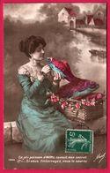 Fantaisie - Femme Avec Chignon - 1er Avril - Ce Joli Poisson D'avril Connaît Mon Secret - Fleurs - Femmes - MASEL 1600 - 1er Avril - Poisson D'avril
