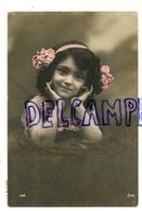 Photographie.  Petite Fille, Serre-tête, Fleurs CAR 152. 1912. Glacée - Portretten