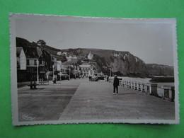 FECAMP - La Digue Promenade - Carte Postale - Fécamp