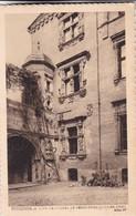 TOULOUSE. COUR DE L'HOTEL DE BERENGUIER MAYNIER. HELIO 17. LABOUCHE FRERES. CIRCA 1930s NON CIRCULEE - BLEUP - Toulouse