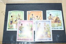 """Lot Timbres Non Dentelés Du Togo """"75th Anniversaire Des Boy Scouts"""" - Togo (1960-...)"""