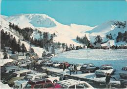 F63-113 LE MONT DORE - PARKING AU PIED DU SANCY ET LE PUY FERRAND SOUS LA NEIGE - Le Mont Dore