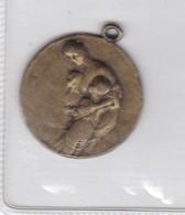 MEDALLA  INSTITUTO ITALO ARGENTINO DE SEGUROS GENERALES 25 ANIVERSARIO 1945. DIAM 3cm WEIGHT 14grs- BLEUP - Tennis